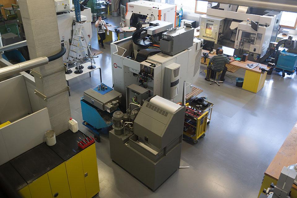 Die technischen Labors an der FH Vorarlberg sind auf höchstem Niveau eingerichtet und stehen Dir offen.